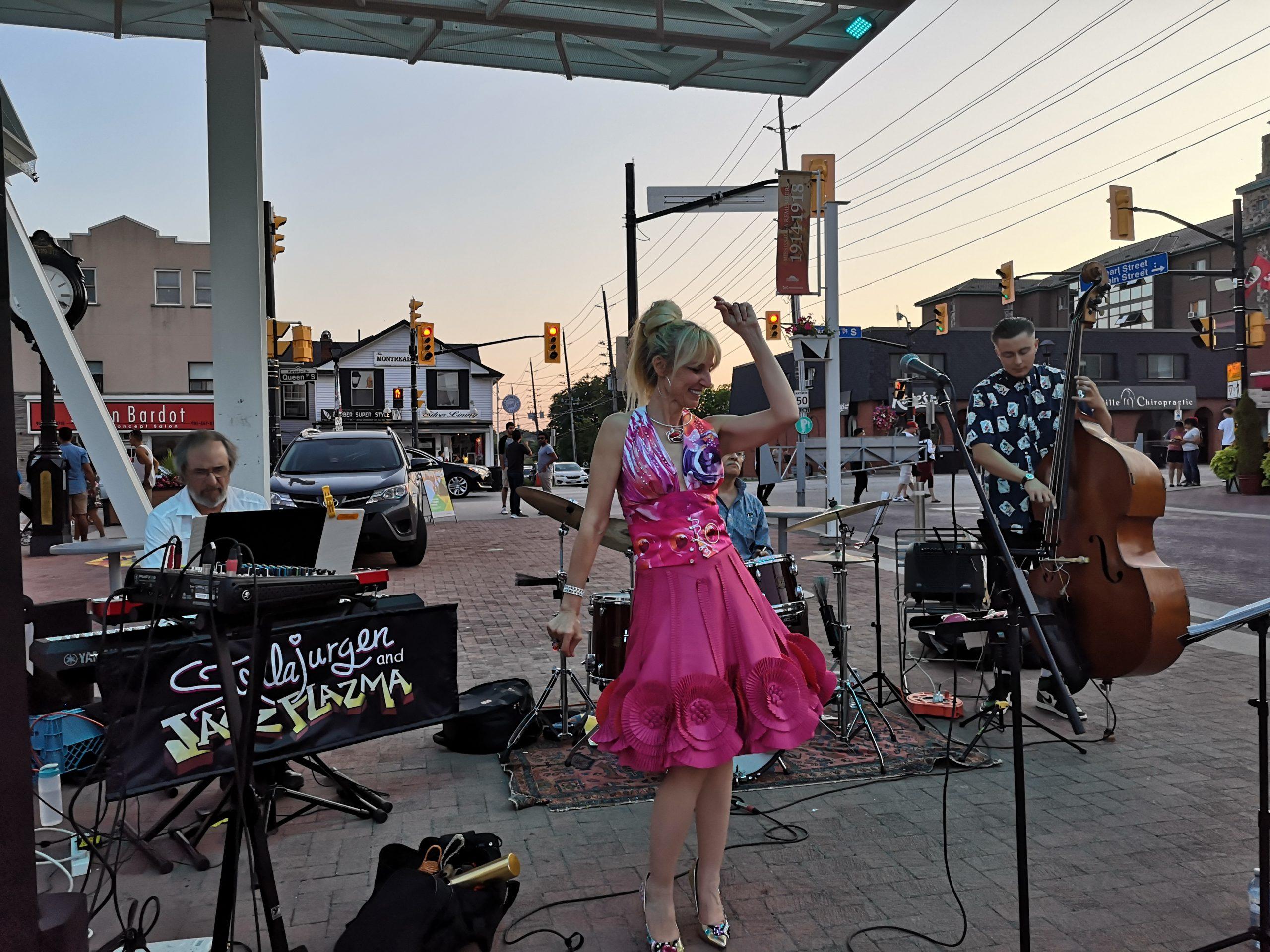 Stella Jurgen and Jazz Plazma, Streetsville Village Square