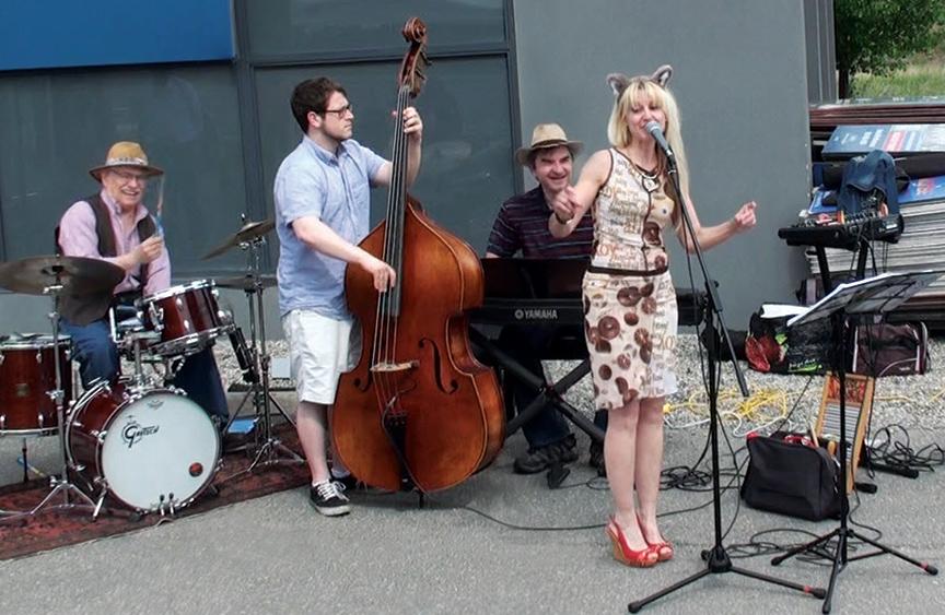 Jazz Plazma, Stella Jurgen, Market